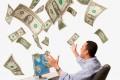 Американский прогнозист: США готовятся сбрасывать бумажные доллары