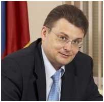 По словам депутата Евгения Федорова, для выхода российской экономики из кризиса следует укрепить власть главы государства в сфере стратегического управления