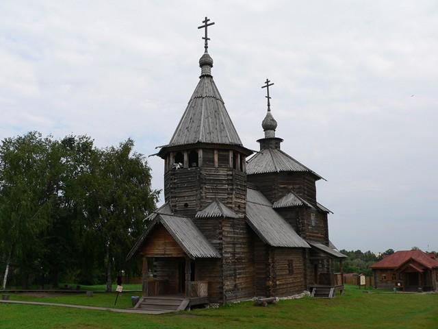 Воскресенская церковь из с. Потакино